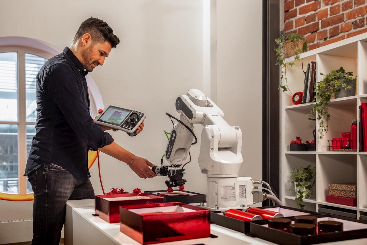 ABB Robot współpracujący SWIFTI