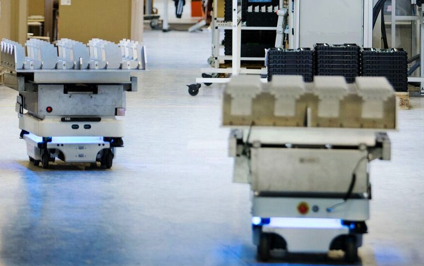 Współpraca Mobile Industrial Robots z ASTOR