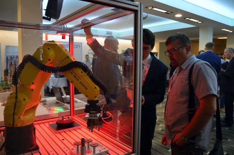 Robotyzacja dla niezawodnej produkcji Axon Media
