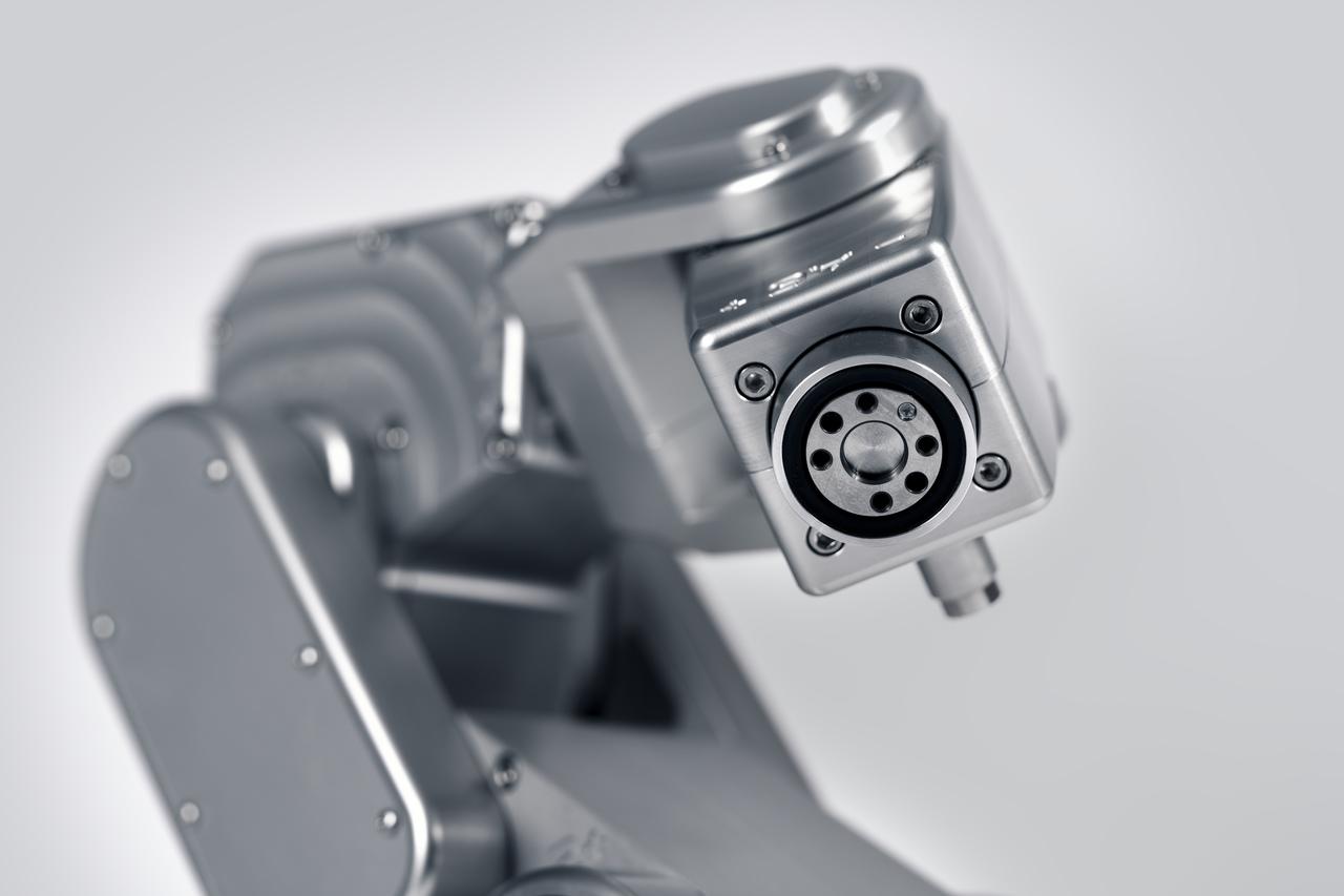 Robot sześcioosiowy Meca500 w ofercie ITA