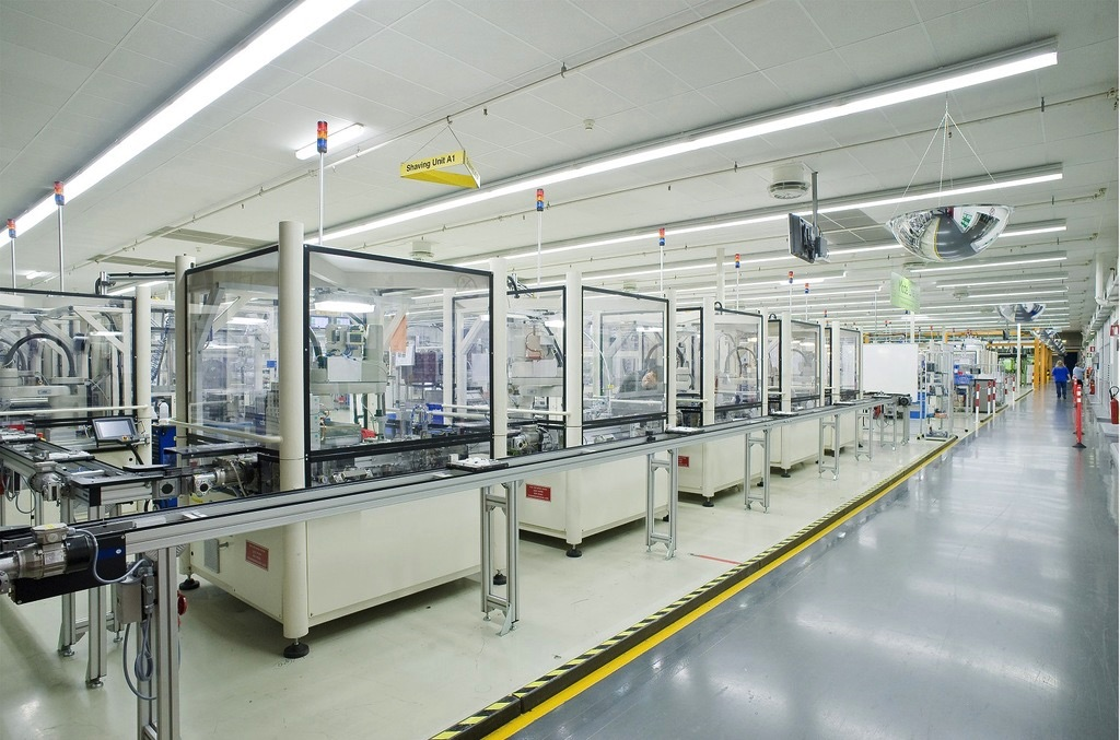 OMRON automatyzacja z użyciem robota