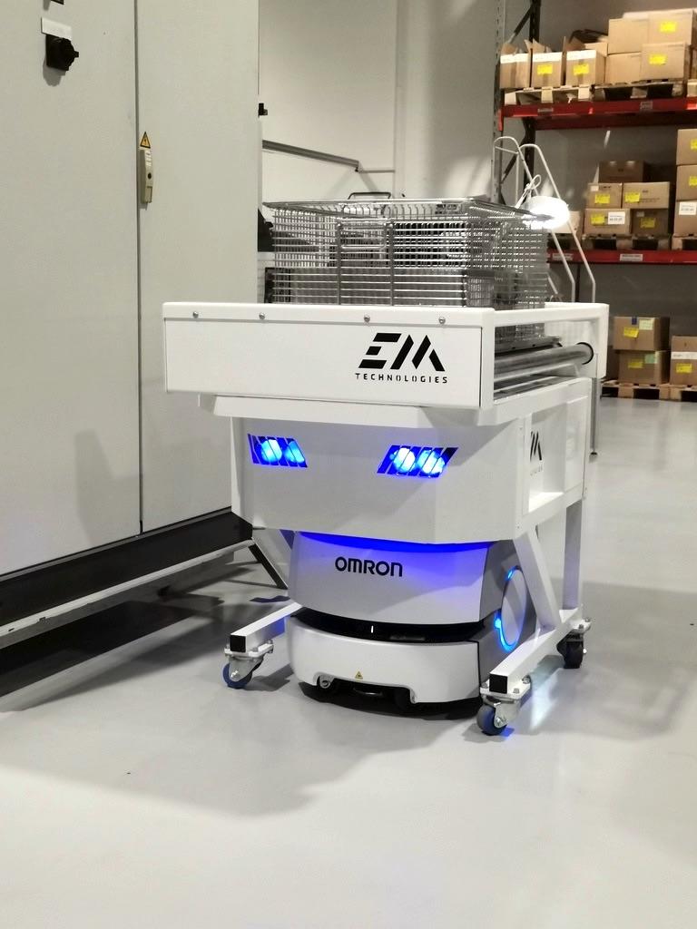 Fabryka Philips robot mobilny OMRON