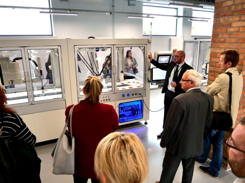 Laboratorium innowacji Omron dla przemysłu