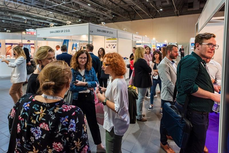 zwiedzający Pharma & Cosmetic Industry Days 2021